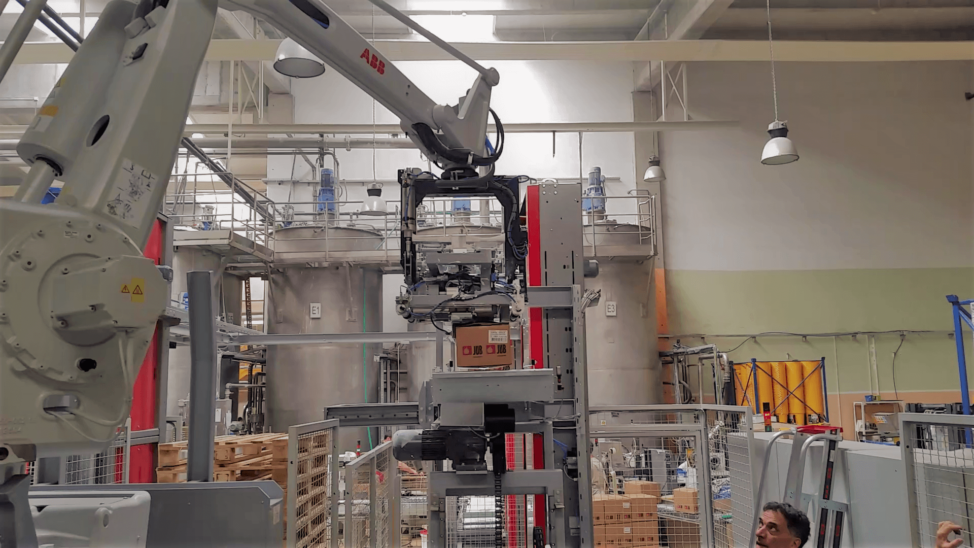 Robotic Case Palletisers