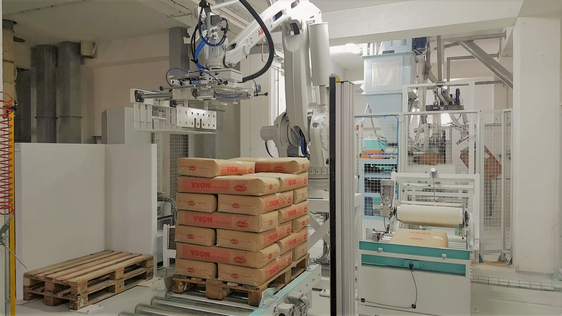 Robotic Palletisers for Valve and FFS Bags